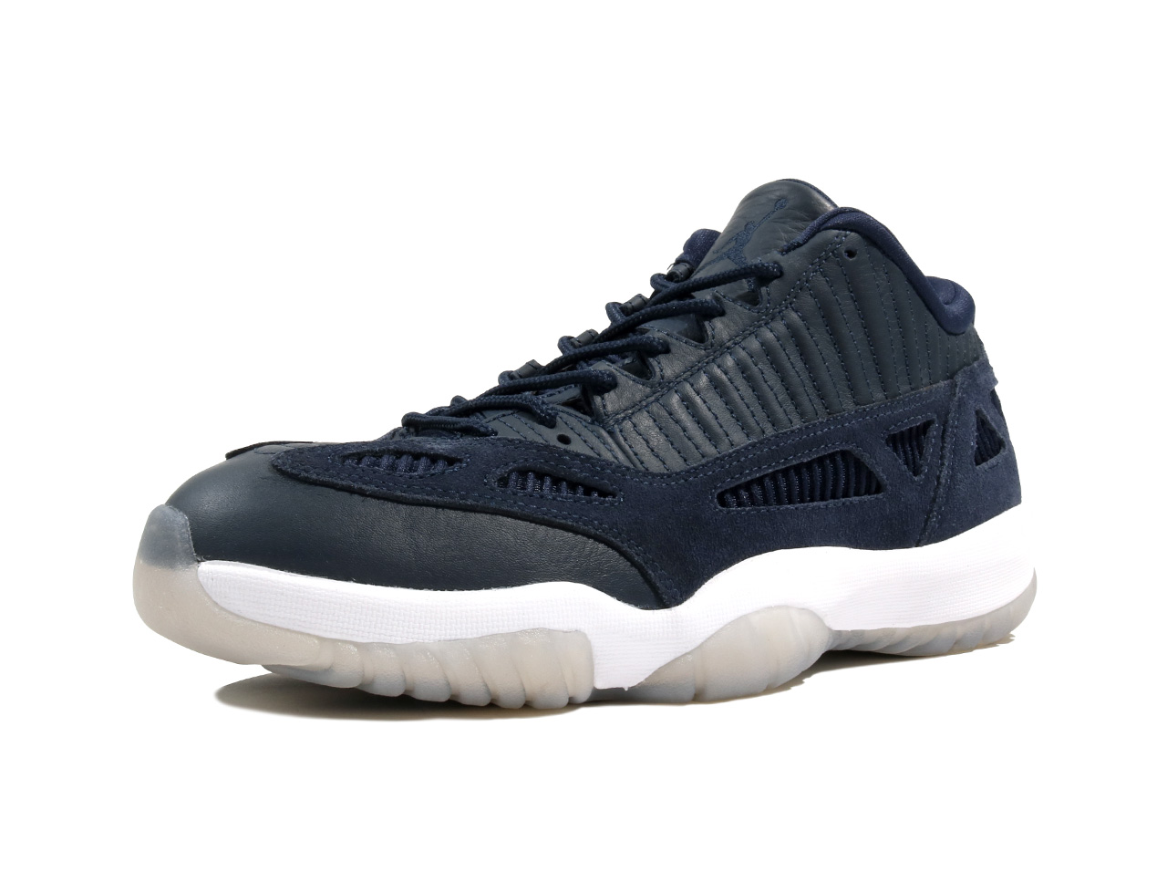 nike_air_jordan_11_retoro_low_ie_919712_400