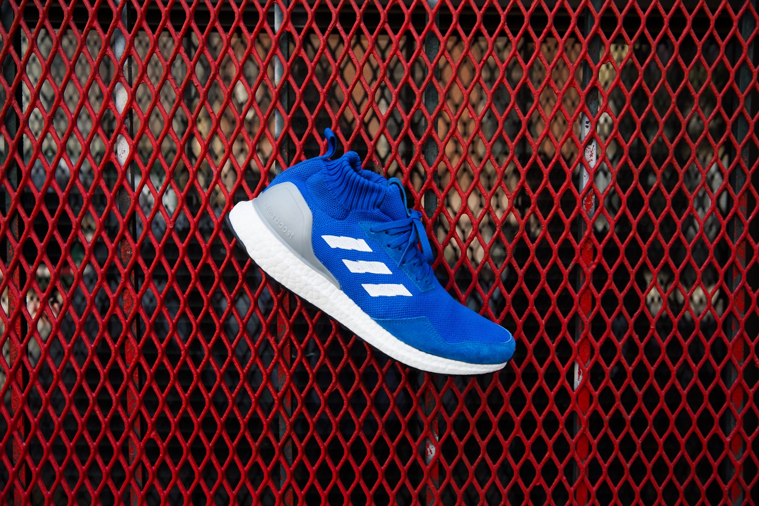 adidas_consortium_run_through_Time_ultraBoost-mid