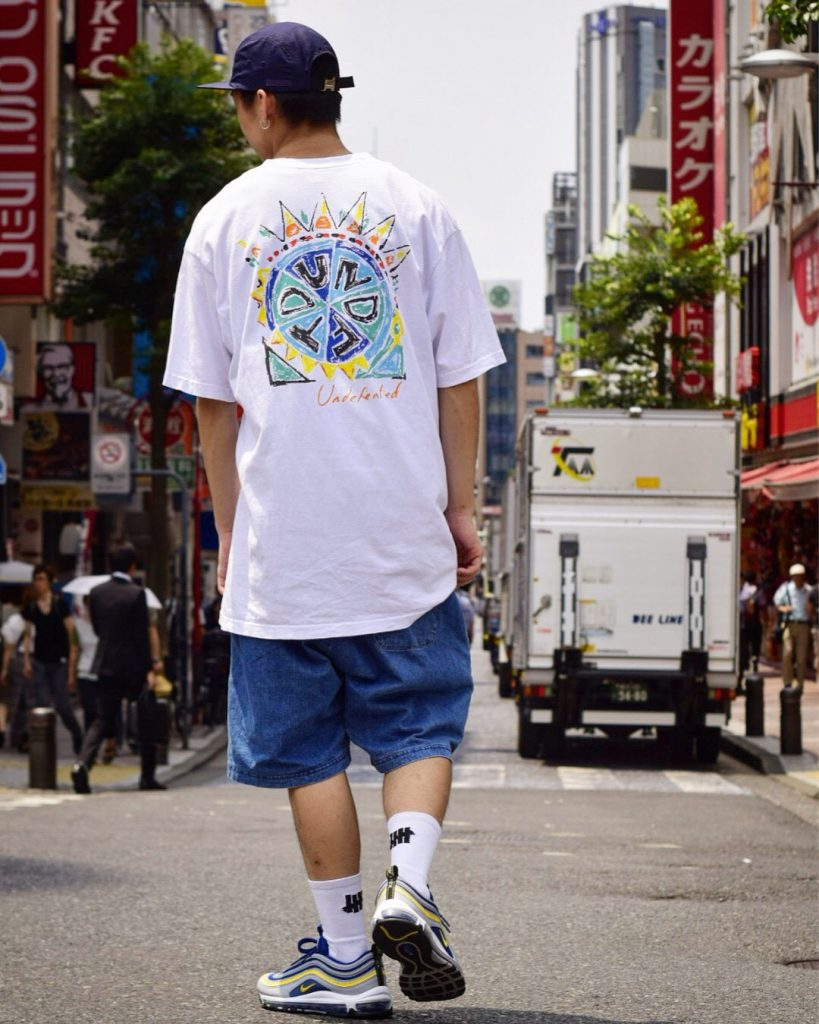 Style Sample #113【UNDEFEATED SCRIBBLE S/S TEE / UNDEFEATED TRIBAL S/S TEE】
