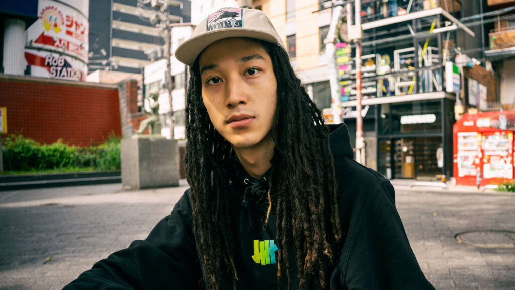 """SNAPS by UNDEFEATED –VOL.25 """"3colors on the 5-STRIKE"""""""